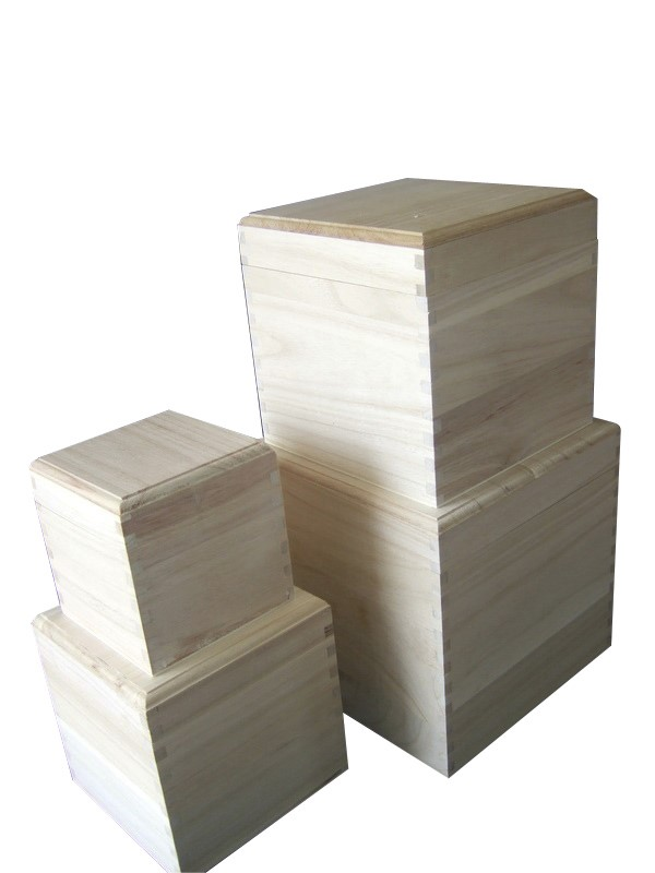 Cube square plain wooden box with removable lid choice for Plain wooden blocks for crafts