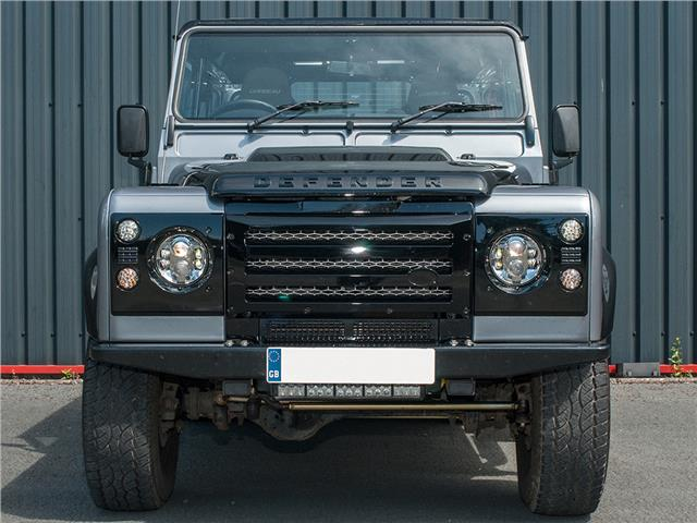 Xs Enhancements Land Rover Defender Gloss Black Grille