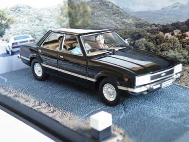 Ford Cortina Mk V Model Toy Car
