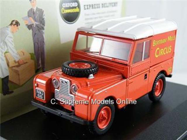 = LAND ROVER BERTRAM MILLS FAIRGROUND 1//43RD RED//WHITE COLOUR EXAMPLE T3412Z