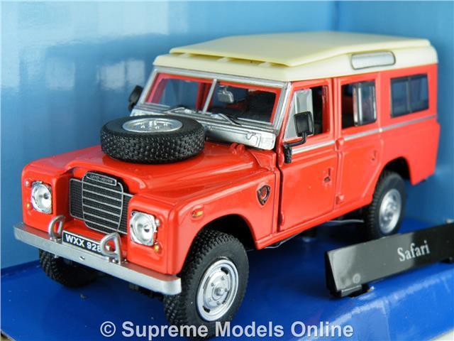 Land Rover Car Model 1 43rd Size Red Cream Safari Cararama Pack Type