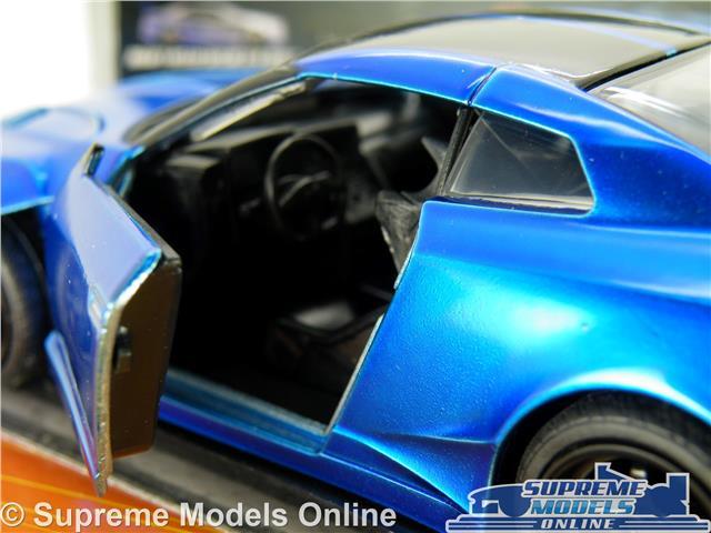 Fast /& Furioso Brian/'s Nissan GT-R R35 sopra coche modelo escala 1:32 Jada Escala 98270 K8