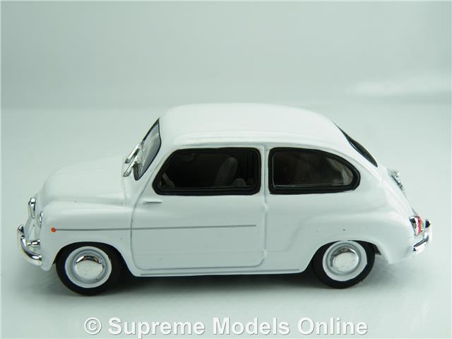 FIAT 600D MODEL CAR 1:43 SCALE WHITE SOLIDO CLASSIC K8967Q