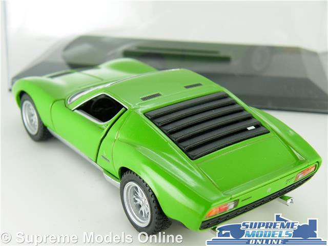 Display Case Kinsmart K8 Lamborghini Miura P400 Model Car 1971 1 34