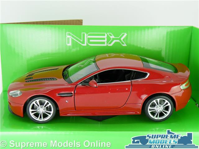 ASTON MARTIN V VANTAGE MODEL CAR RED WELLY OPENING PARTS - Aston martin parts online