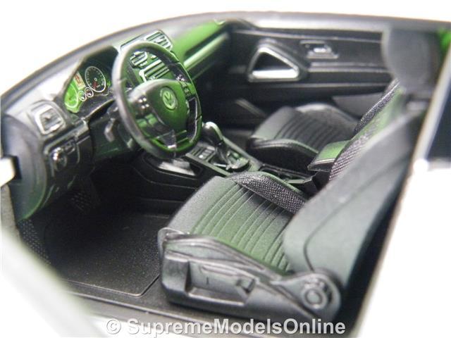 Juguetes Rietze 70094 jumbokofferauflieger 2 achsig Weiss plenamente disfrazado neutral 1:87 nuevo Otros vehículos