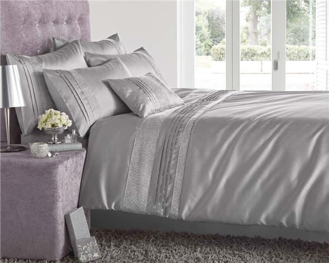 NEW LUXURY DIAMANTE BEDDING - DUVET COVER BED SETS - LINED EYELET ...