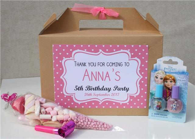 PERSONALISED BIRTHDAY FAVOUR BOXES