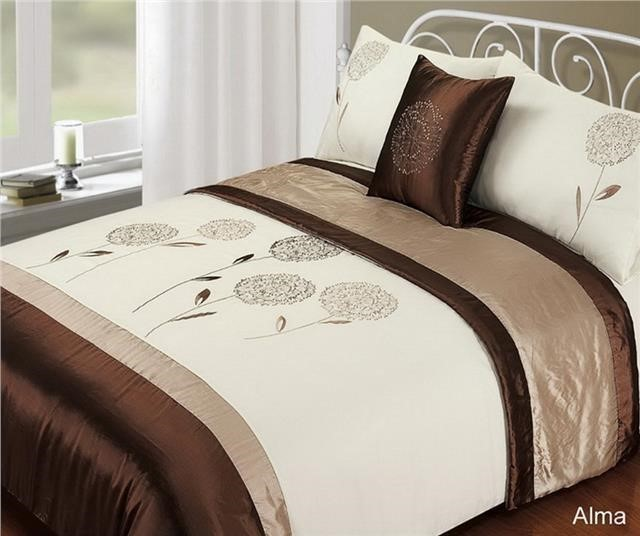 Get your best night's sleep with our range of super kingsize duvet covers. Explore soft and silky Egyptian cotton designs with a high thread count. Super King Duvet Cover. Applied Filters Super King Duvet Cover. John Lewis Deer Duvet Cover Set, Grey. £ - £ John Lewis Christmas Village Duvet Cover Set, Multi. £ - £