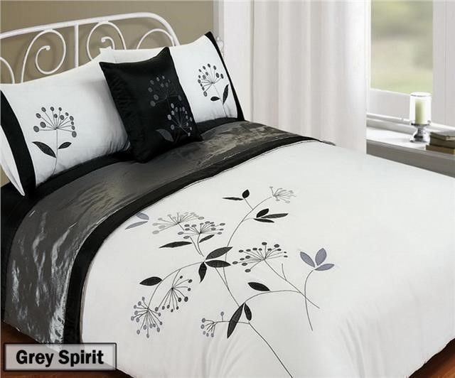 size of double bed quilt cover 2