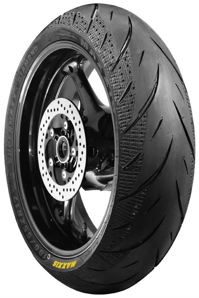 Honda VFR 1200 F 2010 on Avon Storm 3D X-M Tyre Pair