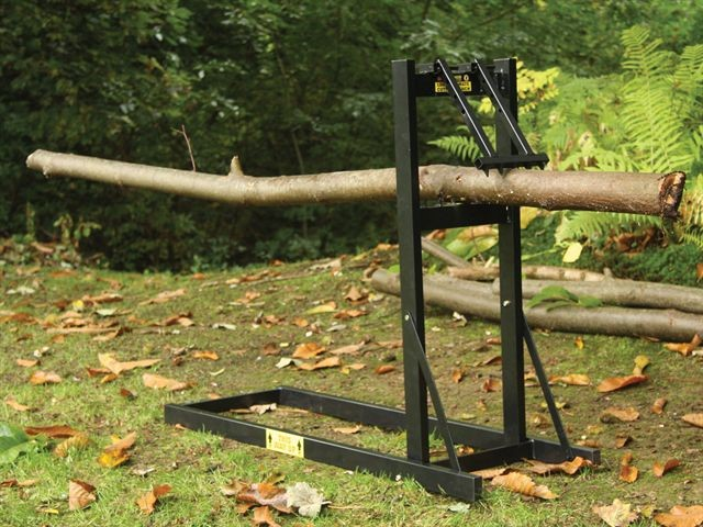 Roughneck Loggers Mate Chainsaw Saw Horse Smart Holder